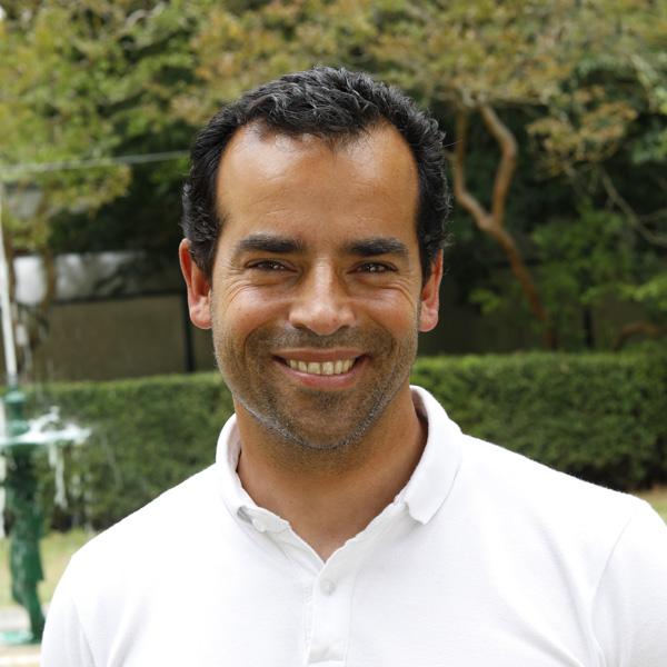 Dr. André Mateus