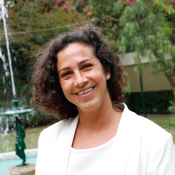 Dra. Catarina Teles