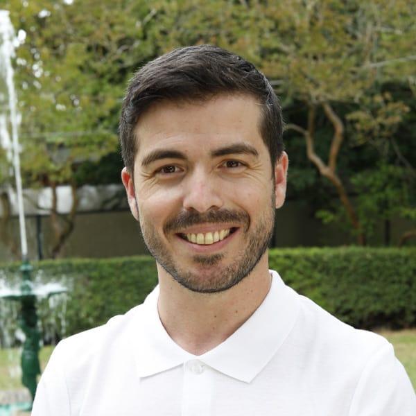 Dr. Miguel Domingues